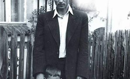 Hieronim Bednarski z synem Jerzym, Szybowice 1950 rok.