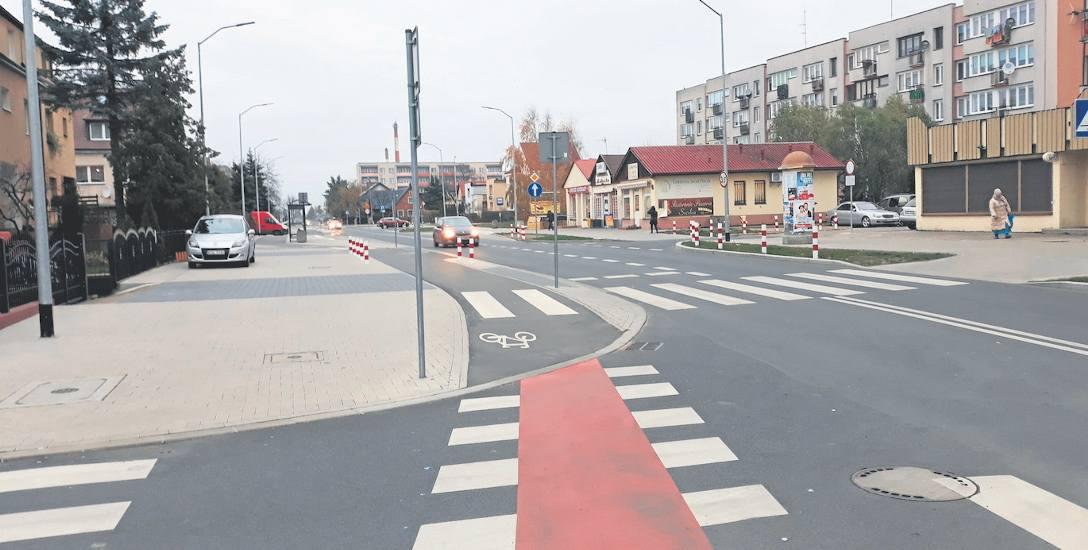 Ulica Wieniawskiego po modernizacji zyskała nową nawierzchnię jezdni, chodniki, ścieżkę rowerową, zatoki autobusowe