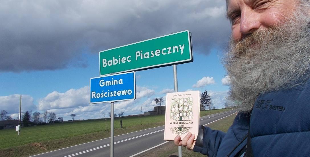 Paweł Bogdan Gąsiorowski, z pasji genealog i heraldyk, odkrył osiem pokoleń swoich przodków po mieczu, czyli w linii męskiej