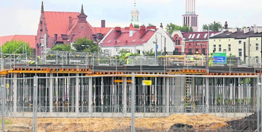 Na Sądowej powstaje centrum przesiadkowe, które będzie dworcem autobusowym