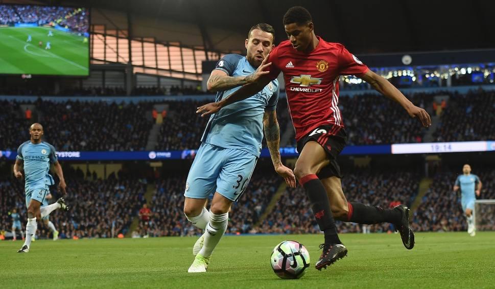 """Film do artykułu: Bezbramkowy remis w 173. derbach Manchesteru. United kończyli w """"10"""""""
