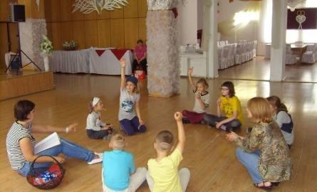 Wakacyjne zajęcia w Wąbrzeskim Domu Kultury ruszyły