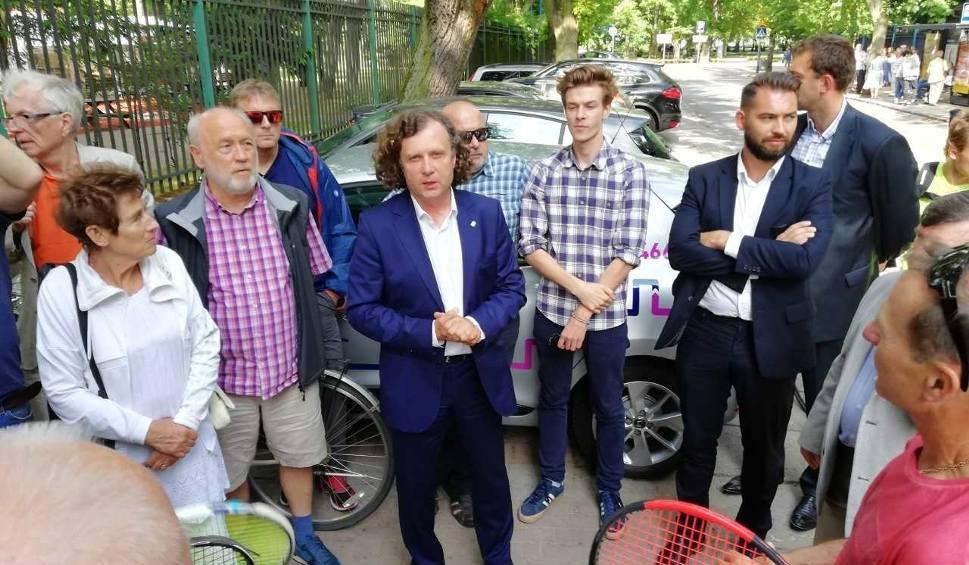 Film do artykułu: Sprawa sopockich kortów tenisowych trafi do sądu. Wspólne stanowisko władz miasta i opozycji [zdjęcia,wideo]