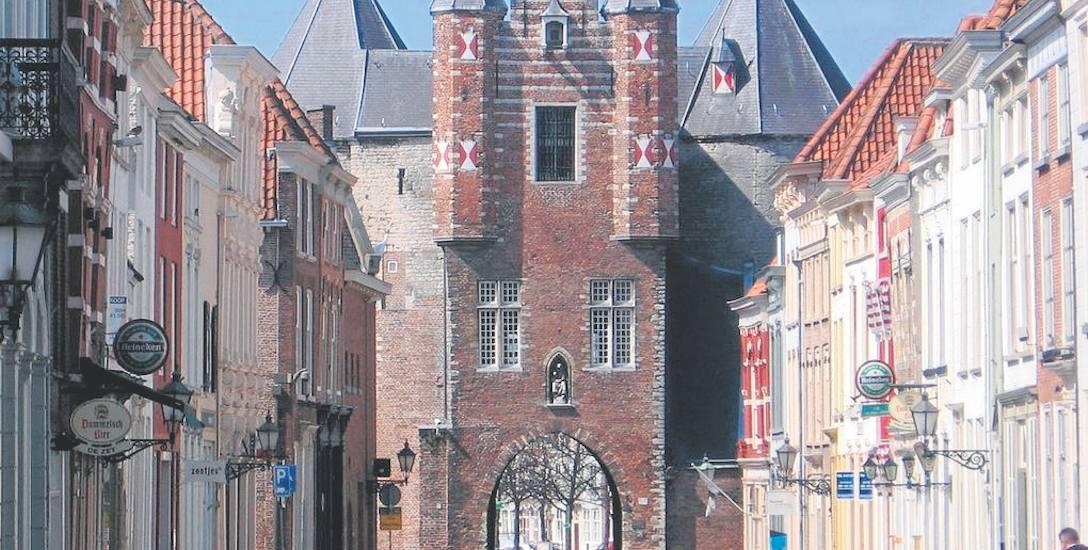 Brama miejska Gevangenpoort, najstarszy zabytek Bergen op Zoom