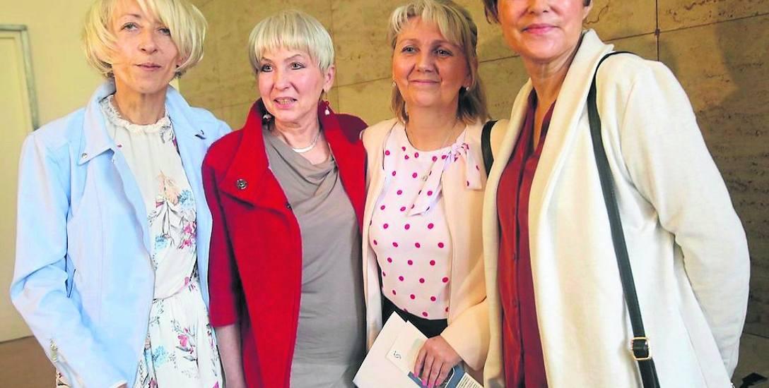 Marzena Wysocka, pierwsza z lewej, po przeszczepie czuje się doskonale i promuje to leczenie