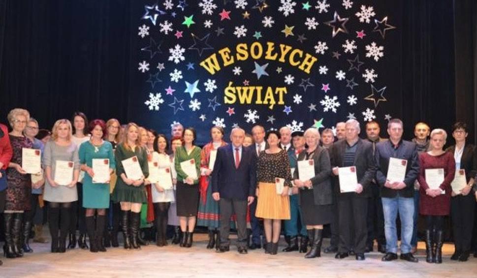 Film do artykułu: Uroczyste zakończenie roku w Centrum Dziedzictwa Gór Świętokrzyskich w Nowej Słupi [ZDJĘCIA]