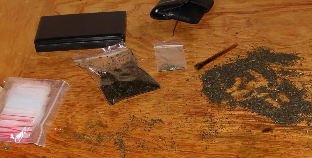 Tylko w tym roku do końca września kujawsko-pomorscy policjanci zabezpieczyli ponad 5 kg substancji określanych jako  dopalacze.