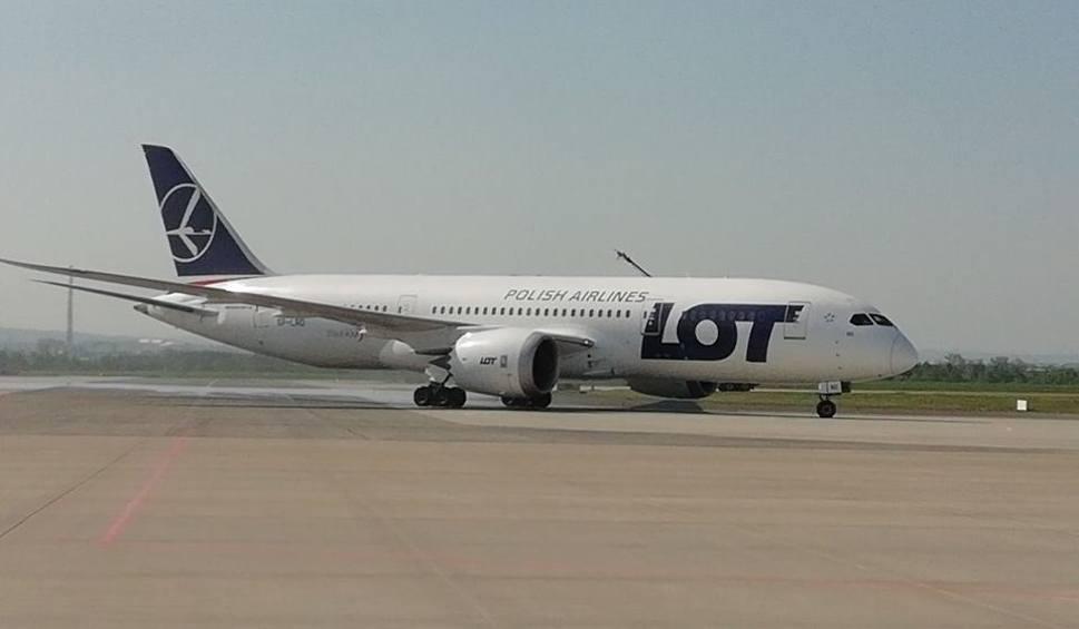 Film do artykułu: We wtorek specjalny rejs samolotu LOT z Włoch do podrzeszowskiej Jasionki. 100 pasażerów pojedzie na kwarantannę do Soliny