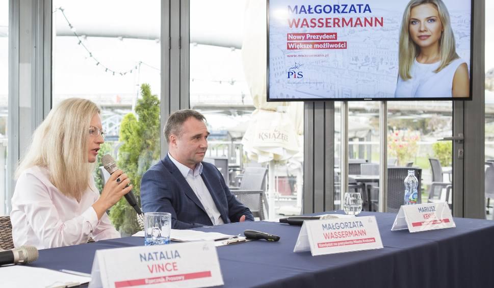 Film do artykułu: Wybory samorządowe 2018. Małgorzata Wassermann chce odwrócić Kraków do Wisły. Program dla Bulwarów Wiślanych i marina dla jachtów