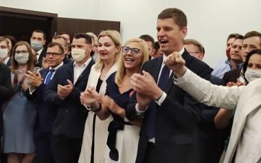Wieczór wyborczy w podlaskim sztabie Andrzeja Dudy