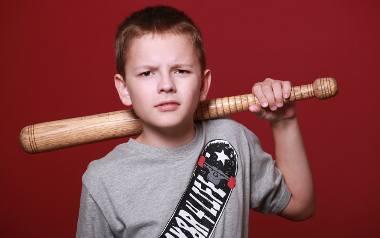 Młodzieżowe gangi. Trudna młodzież. Dlaczego dzieci wpadają w złe towarzystwo?