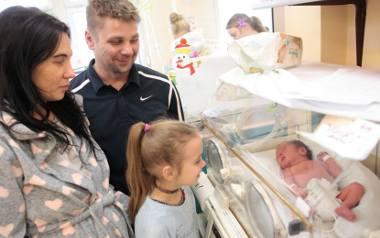 Maciuś i Alinka - dzieci państwa Juzwiszynów - to bliźniaki, które przyszły na świat 30 stycznia w opolskim szpitalu.