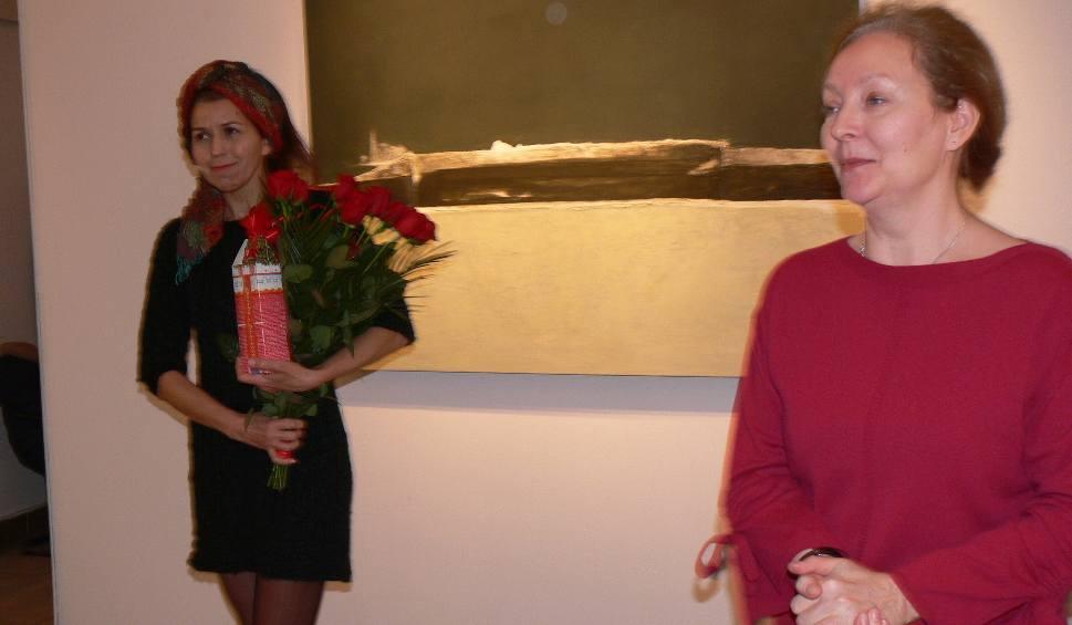 Film do artykułu: Barbara Niścior - Granice - nowa wystawa malarska w Biurze Wystaw Artystycznych w Sandomierzu [ZDJĘCIA]