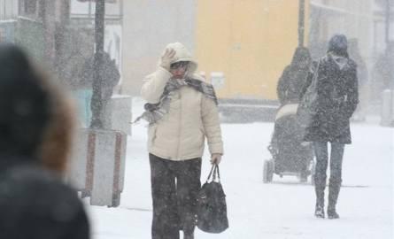 Pierwszy poważny atak zimy! W kraju i regionie pada śnieg [raport pogodowy]