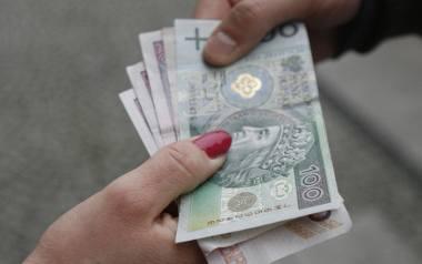 Toruń: 19-latka pozwała rodziców o alimenty. Wygrała sprawę, sąd przyznał jej pieniądze