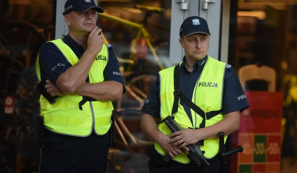 Film do artykułu: Chodzisz z bronią po Krakowie i innych miastach Małopolski? Lepiej zostaw ją w domu!
