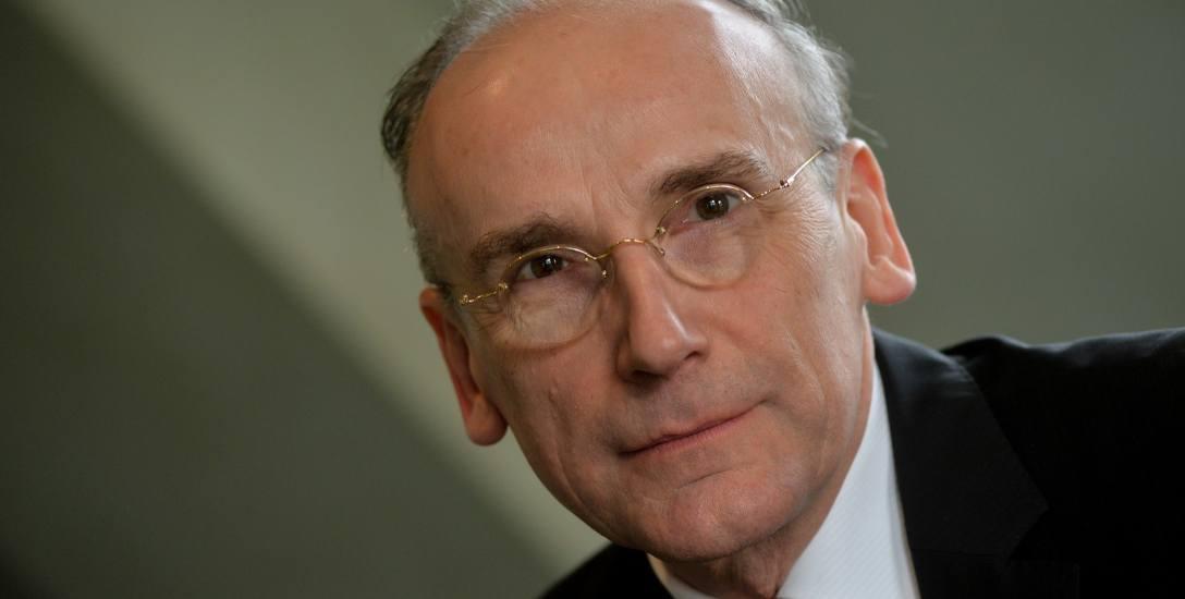 Dr. Janusz Sibora, specjalista od protokołu dyplomatycznego i historyk dyplomacji.