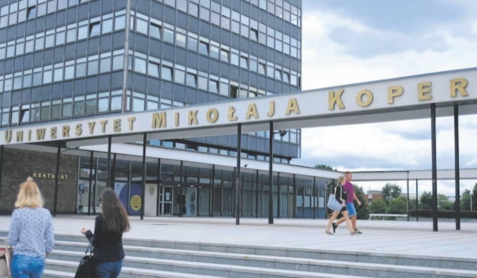Film do artykułu: Toruńska uczelnia oferuje nowe kierunki, m.in. logistykę czy terapię zajęciową