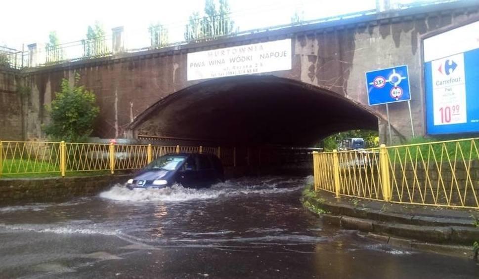 Film do artykułu: Stargard. Nie ma być wody pod wiaduktem na ul. Bogusława IV. Zrobią tam kanalizację