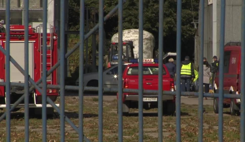 Film do artykułu: Pruszcz Gdański: Znaleziono beczki z niebezpieczną substancją. Właścicielowi fabryki wyznaczono termin usunięcia pojemników i ich utylizacji