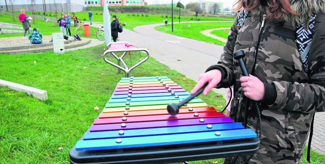 Z instrumentarium parku muzycznego można już korzystać do woli. W strefie aktywnego wypoczynku planowane będą teraz lekcje muzyki w plenerze