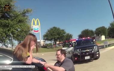Oświadczyny zamiast mandatu. Policjant poprosił o rękę w niekonwencjonalny sposób