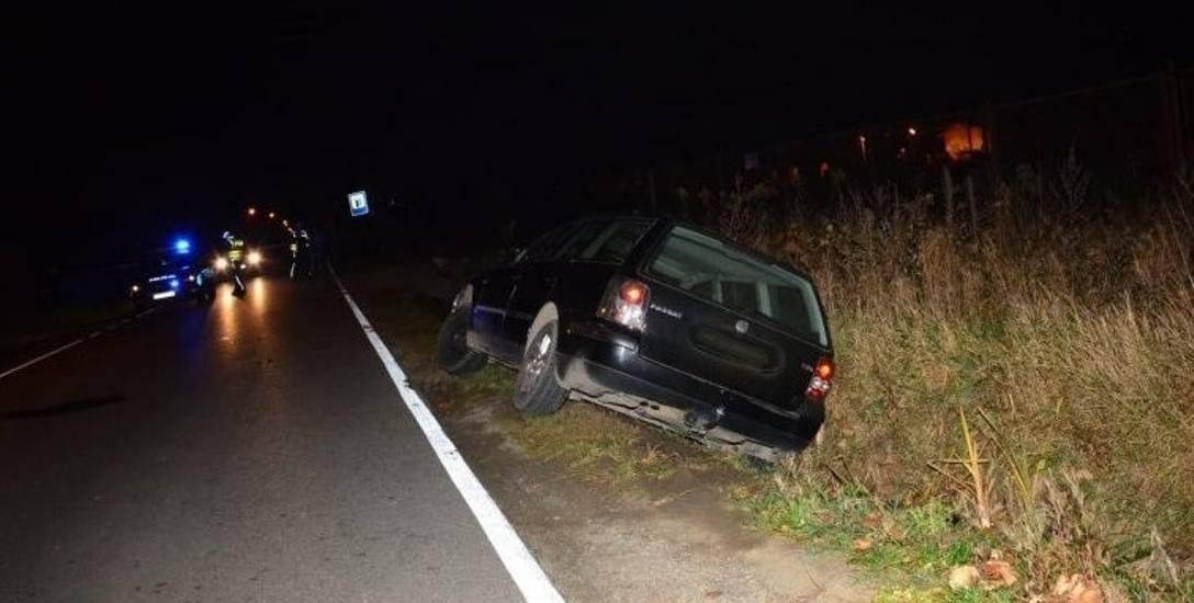 Śmiertelne potrącenie pieszego w Zręcinie k. Krosna. Kierowca się nie przyznaje, ale moment wypadku zarejestrowała kamera monitoringu
