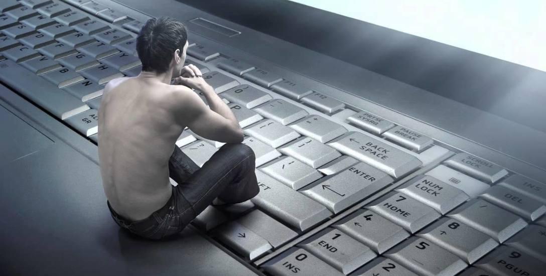 Internet jak alkohol, hazard czy leki [ROZMOWA]