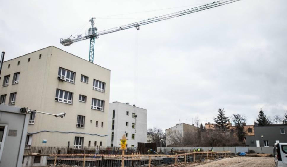 Film do artykułu: Budują centrum rehabilitacji w Radomiu - wkrótce będą już fundamenty