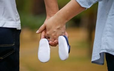 Przed zajściem w ciążę warto zrobić niezbędne badania lekarskie, zmienić tryb życia oraz lepiej się odżywiać.
