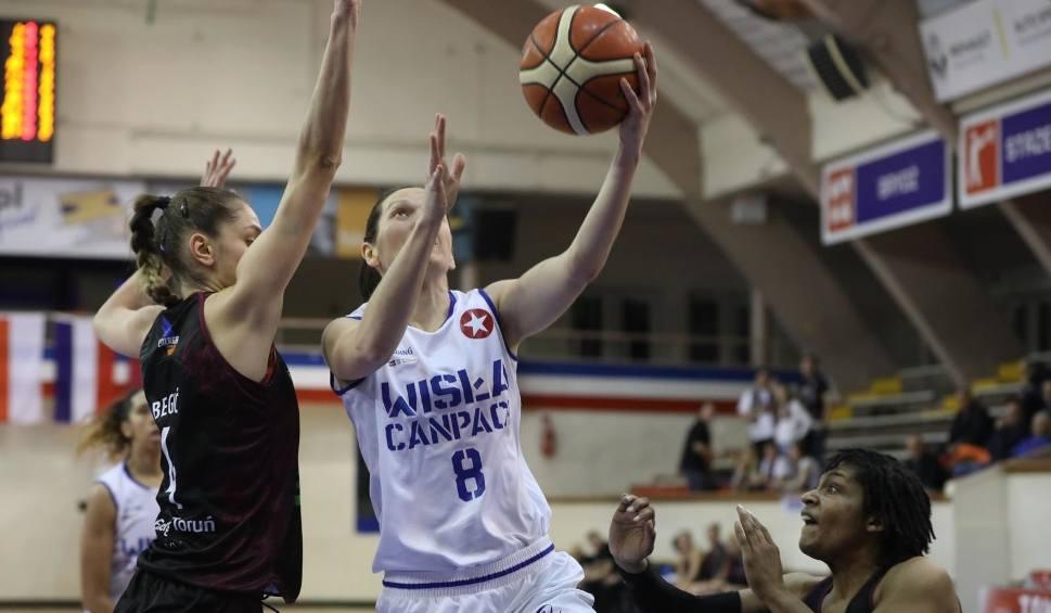 Film do artykułu: Basket Liga Kobiet. Wisła CANPACK Kraków wysoko pokonała Energę Toruń [ZDJĘCIA]