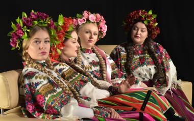 """[Z ostatniej chwili] Tulia i Eurowizja 2019! Dziewczyny wystąpią w Izraelu. Zaśpiewają nową wersję """"Pali się"""" (Fire of Love). Zobacz wideo"""