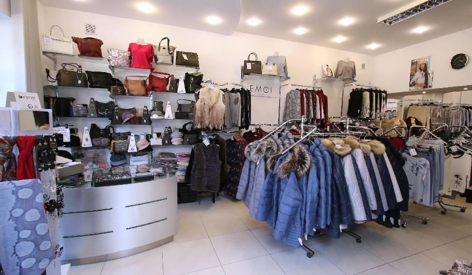 Film do artykułu: Jesień w salonach Sara, Evita i Pretty Woman. W nowych kolekcjach ciepłe ubrania i dodatki