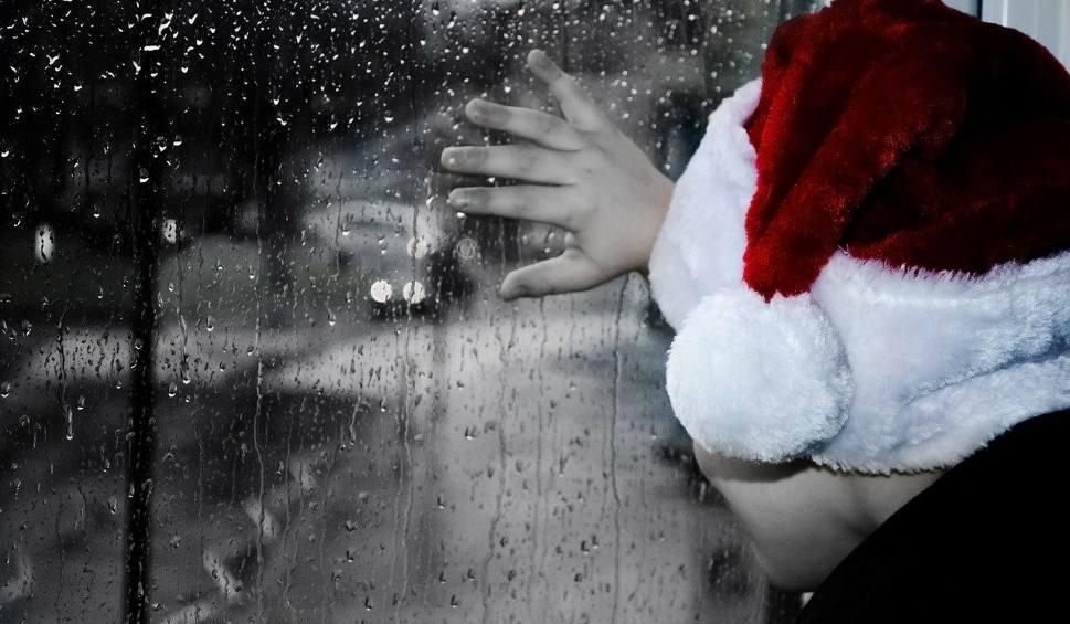 Film do artykułu: Jasnowidz z Człuchowa o pogodzie na Boże Narodzenie i Sylwestra. Czy w tym roku spadnie śnieg?