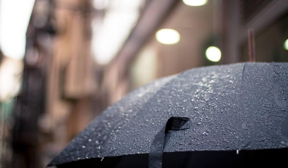Film do artykułu: Pogoda na weekend w Lubuskiem 16 - 17 czerwca. Z zachodu nadciąga do nas front, który może przynieść opady deszczu a nawet burze