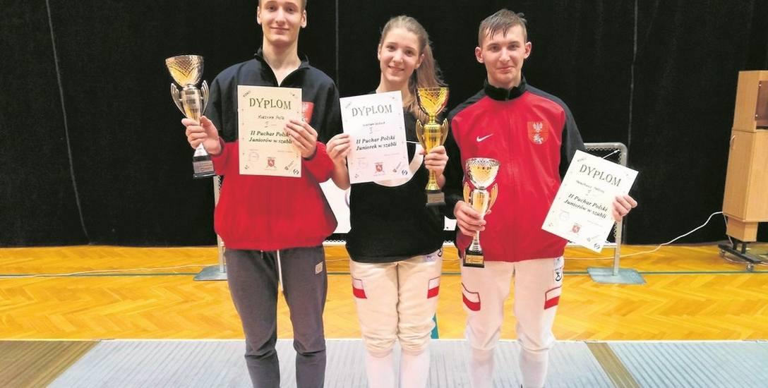 Medalowa grupa z Trzynastki (od lewej):  Piotr Kurzyna, Ula Kurzyna oraz Mateusz Prokopowicz