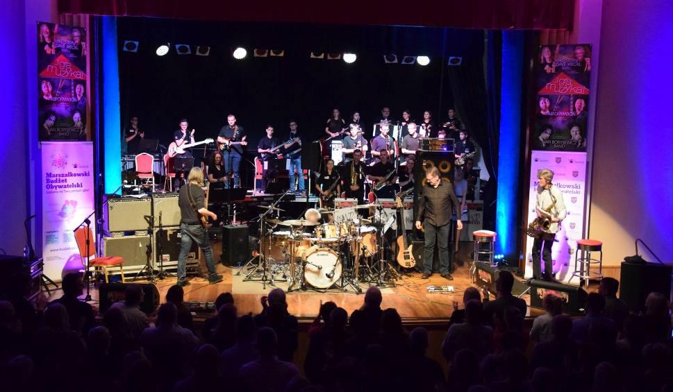Film do artykułu: Jazzobranie 2017. Mike Stern i Dave Weckl zagrali z młodzieżą [wideo, zdjęcia]
