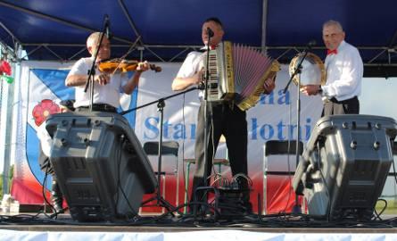 Kapele i śpiewacy wystąpili w niedzielę na festiwalowej scenie w Starej Błotnicy.