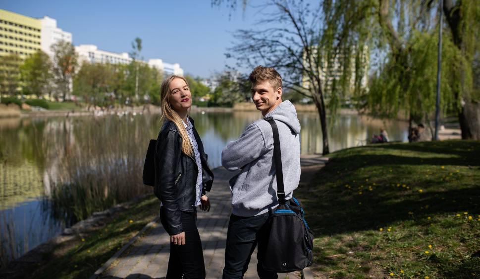 """Film do artykułu: W poniedziałek o godzinie 9 start egzaminu dojrzałości  - także dla """"naszych"""" maturzystów"""