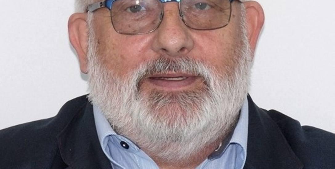 – Dzisiaj przepisy ingerują w samodzielność gmin, regulują wygląd parapetów w salach lekcyjnych – mówi Andrzej Porawski