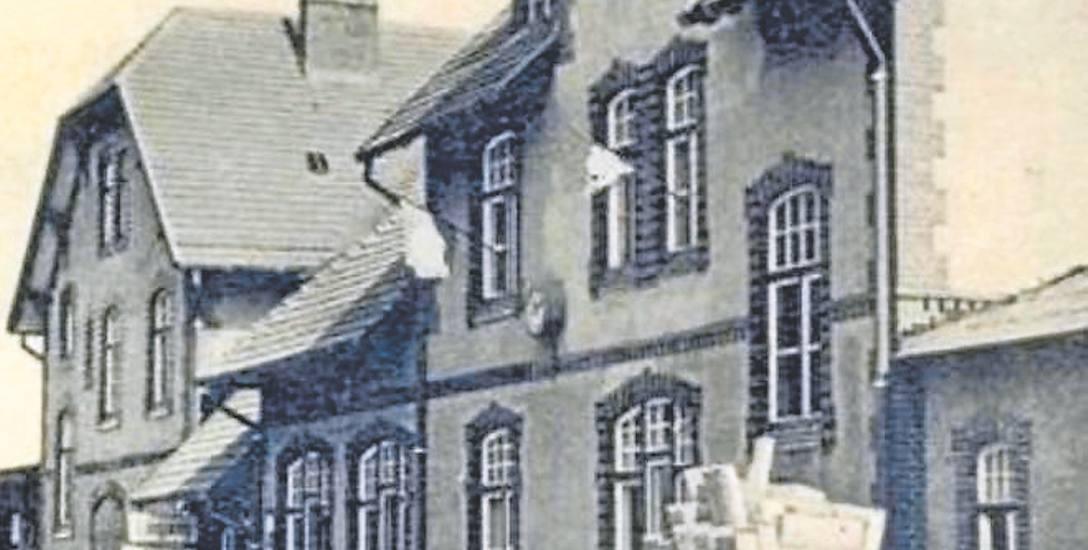 Dworzec kolejowy w Bobolicach, lata 30. XX wieku