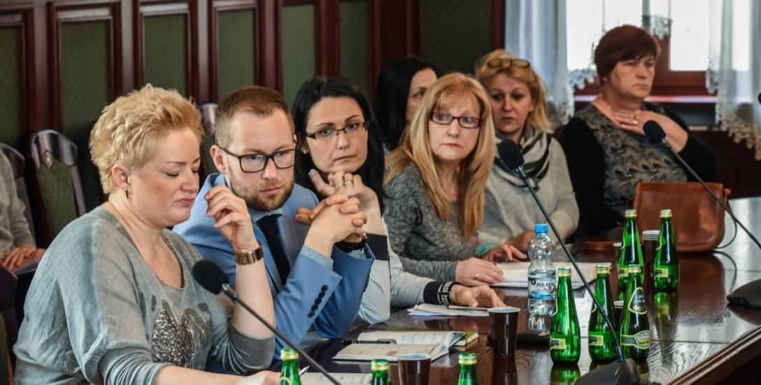 Posiedzenie komisji polityki społecznej.