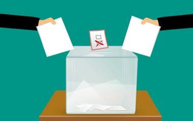Wybory prezydenckie 2020. Co kandydaci na prezydenta ociecują kobietom?