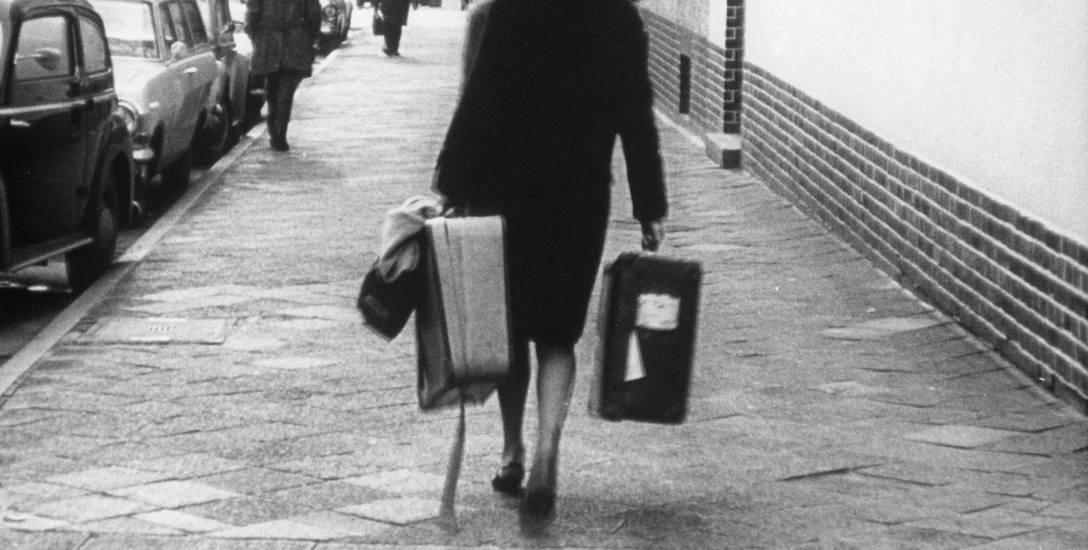 """Kadr z filmu  """"Pożegnanie z dniem wczorajszym"""",  sztandarowego  dzieła  Aleksandra Klugego"""
