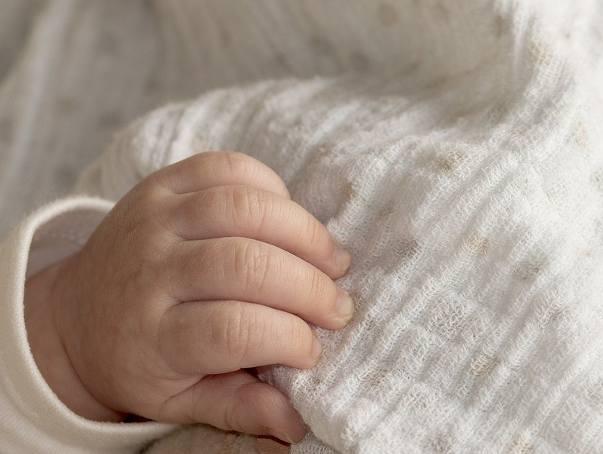 Kobieta mająca blisko 2 promile alkoholu, urodziła w szpitalu w Skarżysku pijane dziecko