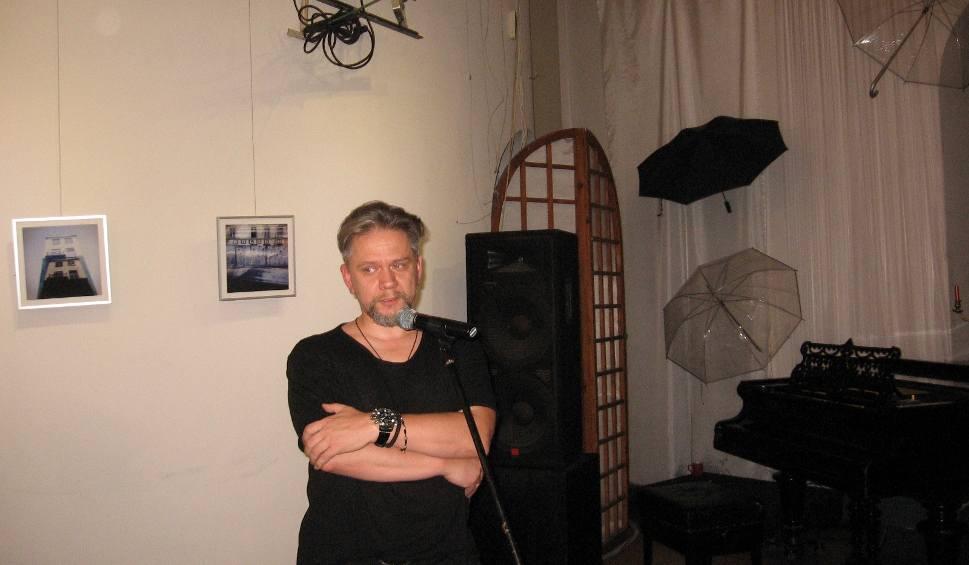 Film do artykułu: Radom. W Łaźni przy ulicy Żeromskiego 56 otwarto wystawę fotografii Sebastiana Klochowicza
