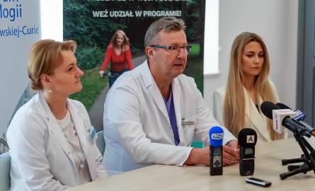Dziś każda młoda pacjentka dotknięta rakiem piersi automatycznie ma wykonywane badanie genetyczne. To bardzo ważna informacja dla lekarza, który na tej