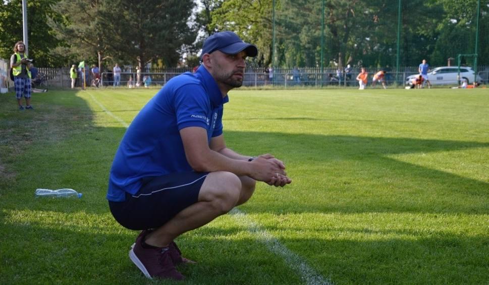 Film do artykułu: Piłkarze Stilonu Gorzów znów przegrali, a trener zrezygnował