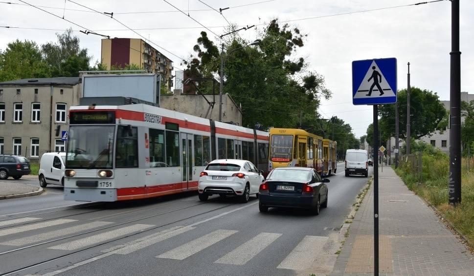 Film do artykułu: Będą nowe buspasy i trampasy! MPK przestanie się spóźniać? Kierowcom to się nie spodoba...