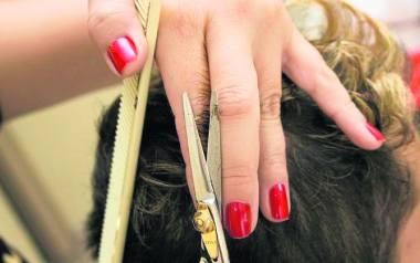 Salon fryzjerski – Zakład Fryzjerski Renata Kacperczyk, Stąporków, Tysiąclecia 3 b Doświadczony zespół fryzjerek zapewni najwyższy poziom obsługi, a